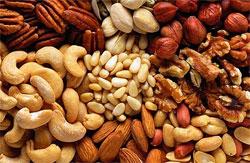 Полезный перекус - орехи